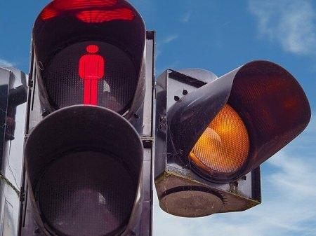 Traffic Lights. Image courtesy of pixabay.com